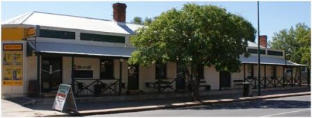 Riverton_SA_Riverton_Hotel