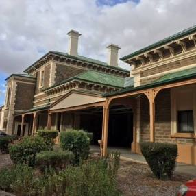 Riverton_SA_Riverton_Railway_Station_Accommodation
